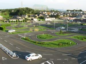 基山ドライビングスクール